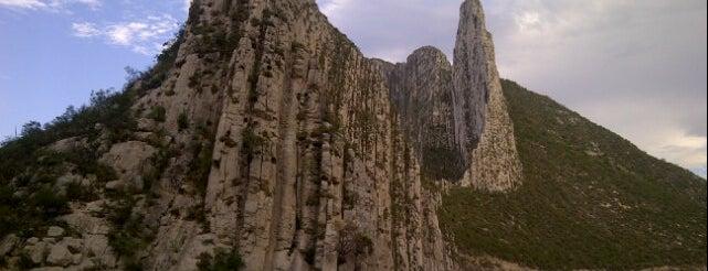 La Huasteca is one of Tempat yang Disukai Abraham.