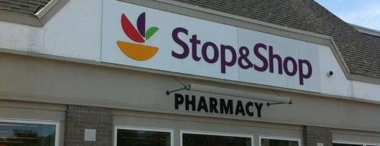 Stop & Shop is one of Lieux qui ont plu à Anna Marie.