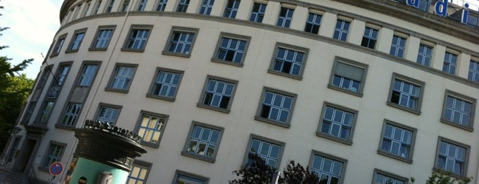 Deutschlandradio Funkhaus Berlin is one of 1 | 111 Orte in Berlin die man gesehen haben muss.