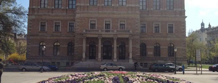 HAZU is one of Zagreb's to-do list.