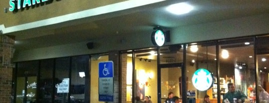 Starbucks is one of Clarkさんのお気に入りスポット.