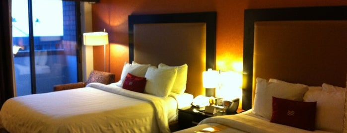 Crowne Plaza Grand Rapids - Airport is one of Gavin 님이 좋아한 장소.