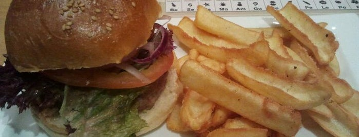 The Burger Lab is one of Comer barato en Madrid.