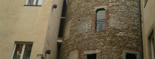 Hotel Brunelleschi is one of 101 posti da vedere a Firenze prima di morire.