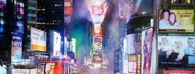 Times Square is one of Malam Tahun Baru Paling Meriah di AS.