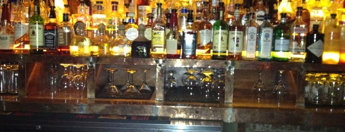 Brass Monkey is one of Manhattan Bars-To-Do List.