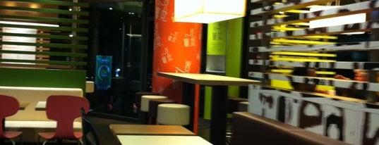 McDonald's is one of COME UNA HAMBURGUESA EN IBIZA.