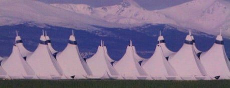 Flughafen Denver International (DEN) is one of Airports around the World.