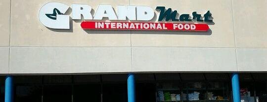 Grand Mart is one of Dawn 님이 좋아한 장소.