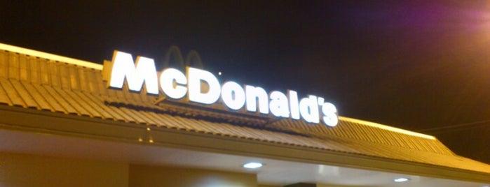 McDonald's is one of Comidjiinhas.