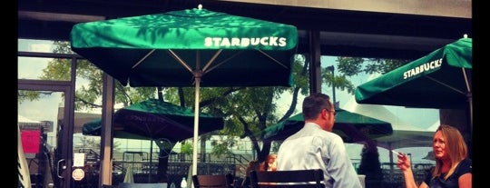 Starbucks is one of Lieux qui ont plu à Rachel.