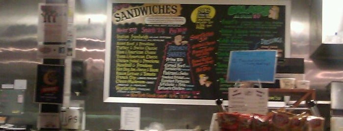 Snarf's Sandwiches is one of Locais salvos de Kris.