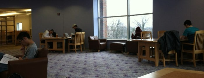 Morris Library is one of Tempat yang Disukai David.
