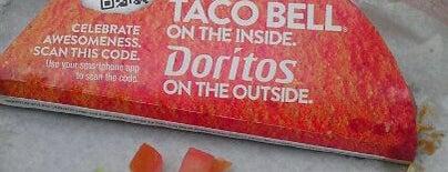 Taco Bell is one of สถานที่ที่ Barry ถูกใจ.