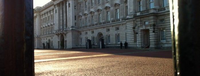 Buckingham Palace is one of UK.
