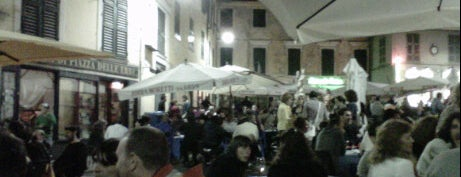 Piazza delle Erbe is one of √ Best Tour in Genova.