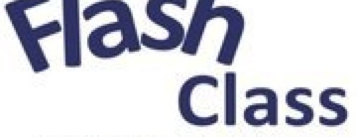 Flash Class Instituto de Beleza & Estética is one of Locais curtidos por Gabi.