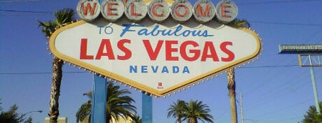 Welcome To Fabulous Las Vegas Sign is one of VEGAPOCALYPSE: Lightning Blitz Update 2k14.