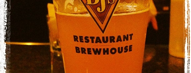 Bj S Restaurant Brewhouse Is One Of The 15 Best Places With Delivery In Bakersfield