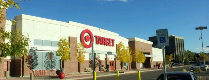 Target is one of Orte, die Ryan gefallen.