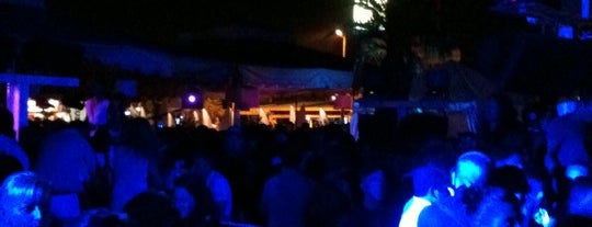 Beach Cafè is one of Where to party in Rimini.