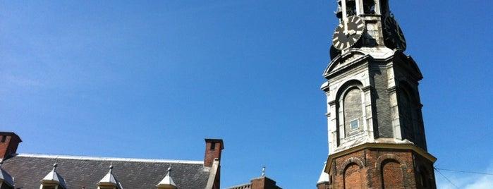 Tour de la Monnaie is one of Amsterdam.
