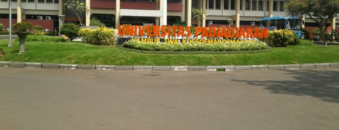 Universitas Padjadjaran is one of Fachridhzoe Group.