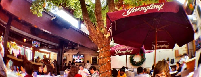 Berries in the Grove is one of Miami Restaurantes.