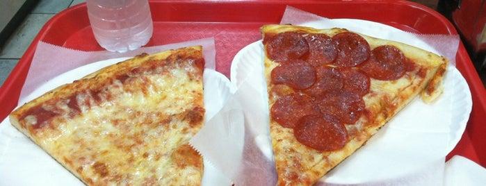 Francesco Pizzeria is one of My favorite pizza pkaces.