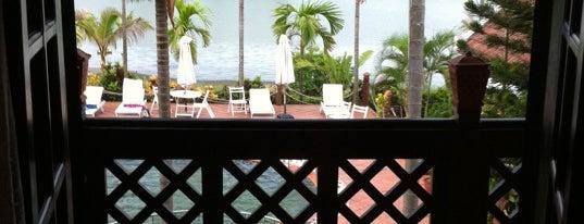 Phố Hội Riverside Resort is one of Lieux qui ont plu à Deniz.