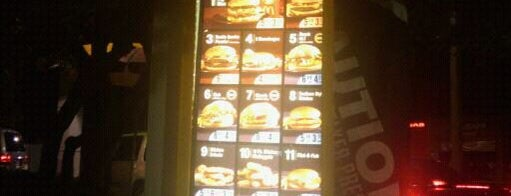 McDonald's is one of Posti che sono piaciuti a Leighann.