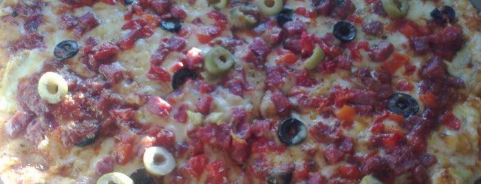 Milano's Pizza is one of Bares, restaurantes y otros....