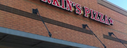 Durkin's Pizza is one of Locais salvos de Patrick.