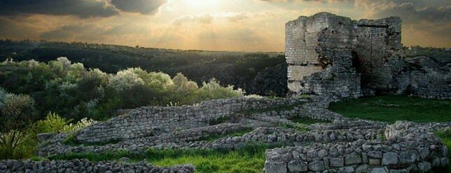 Средновековна крепост Червен (Medieval town Cherven) is one of Ruse.