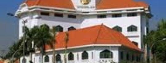 Graha Wismilak is one of Characteristic of Surabaya.