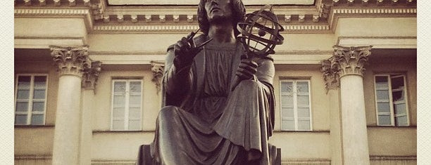 Pomnik Kopernika is one of Before I Die.