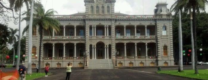 'Iolani Palace is one of Honolulu: The Big Pineapple #4sqCities.
