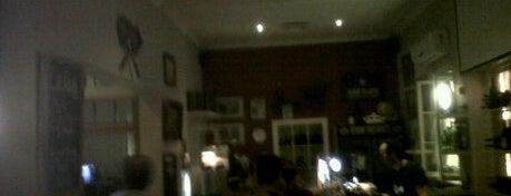 Van Hunks is one of Top Eateries in Cape Town.