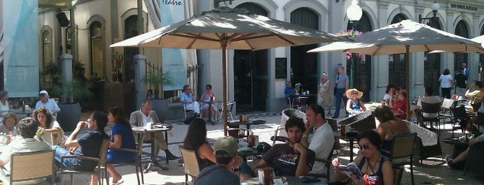 Café do Teatro is one of Funchal #4sqCities.