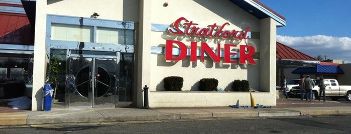 Stratford Diner is one of Orte, die Tim gefallen.