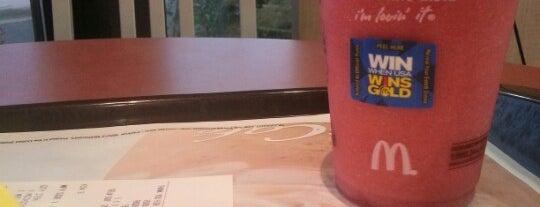 McDonald's is one of Posti che sono piaciuti a Leilani.