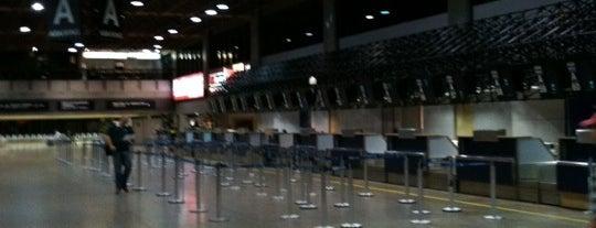 상파울루 구아룰류스 국제공항 (GRU) is one of Aeroportos.