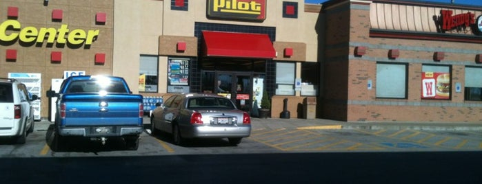 Pilot Travel Centers is one of Locais curtidos por Mo.