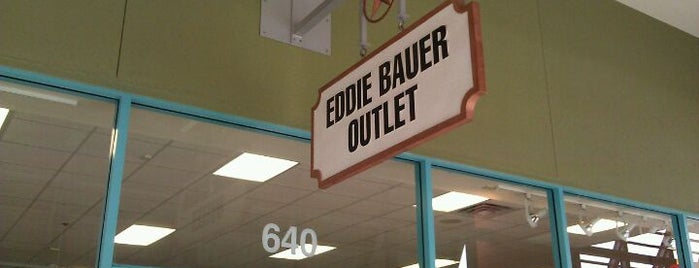 Eddie Bauer Outlet is one of Rita 님이 좋아한 장소.