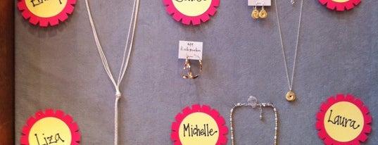 D Cole Jewelers is one of Tempat yang Disukai Cate.