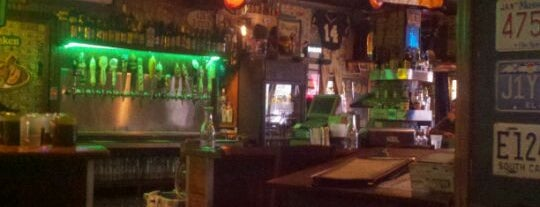 Delaney's Music Pub & Eatery is one of Lugares favoritos de Anthony.