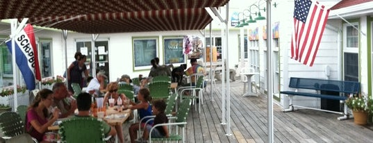 Beach Break Bakerie @ Cafe is one of Posti salvati di Rachel.