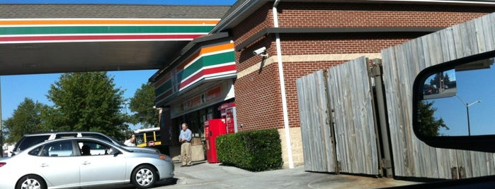 7-Eleven is one of Orte, die Dawn gefallen.