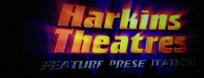 Harkins Theatres Norterra 14 is one of Posti che sono piaciuti a Brenda.