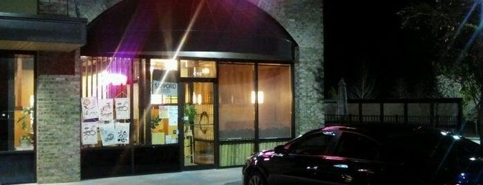 Waraku Japanese Restaurant and Sushi is one of Monicaさんの保存済みスポット.